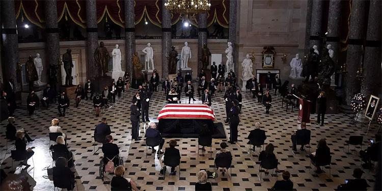 Homenaje a la magistrada Ruth Gingsburg en el congreso de EEUU