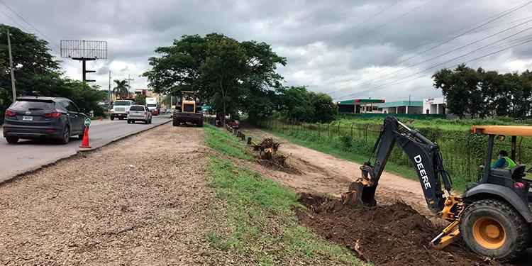 Van los 4 carriles en bulevar de Comayagua