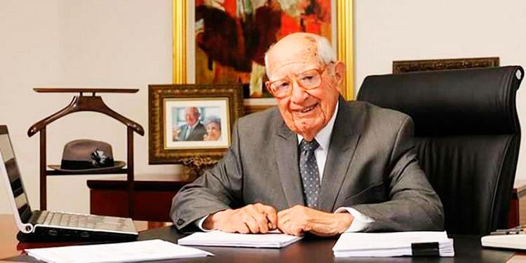 Jorge Bueso Arias cumple 101 años de edad llenos de éxitos