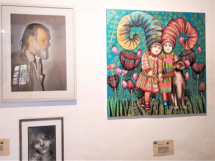 La artista hondureña Leticia Banegas expone su arte en Grecia