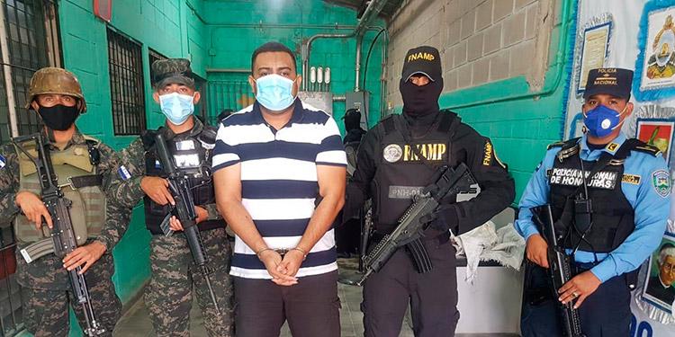 """Estricto resguardo en traslado de 4 """"pollos"""" a cárcel """"El Pozo II"""""""