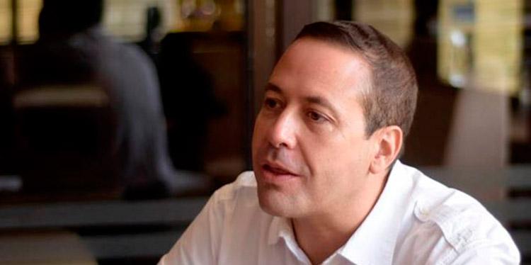 Libre decide ir a elecciones primarias anuncia Carlos Eduardo Reina