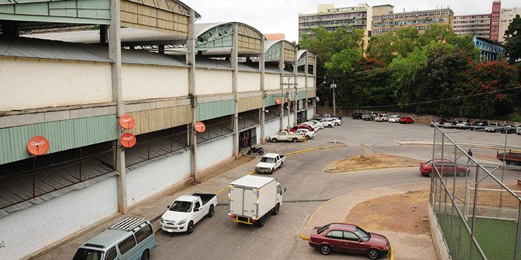 Cierran mercados La Isla y Jacaleapa a falta de bioseguridad