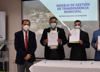 Carlos Eduardo Cano manifestó que los 298 municipios del país tienen el compromiso de brindar informes de transparencia a los ciudadanos.