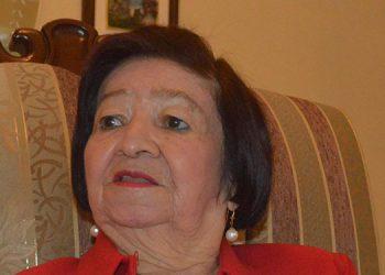 Esperanza Moreno de Santos, maestra de generaciones.