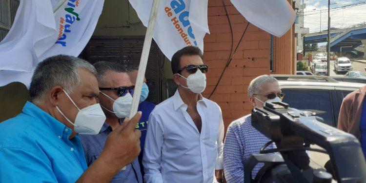 Inscriben partido de Salvador Nasralla y dos más (Video)