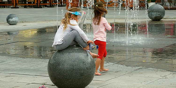 ¿El coronavirus se propaga fácilmente entre los niños?