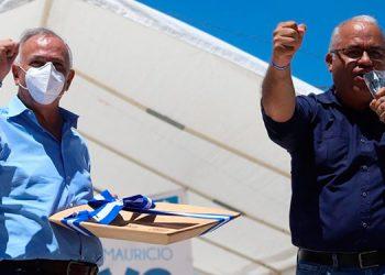 Mauricio Oliva recibió el respaldo de los nacionalistas en su gira por el occidente.
