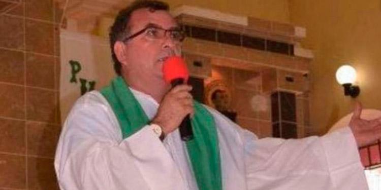El primer sacerdote católico muerto por el COVID-19: Padre Mario Adín Cruz Zaldívar