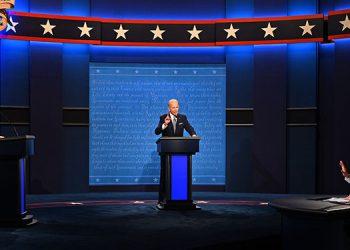 """El presidente de Estados Unidos, Donald Trump, acusó de """"socialista"""" a su rival en las elecciones de noviembre, el candidato demócrata Joe Biden, quien le respondió calificándole de """"mentiroso"""".  (LASSERFOTO AFP)"""