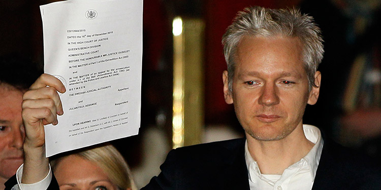 Trump ofreció perdonar a Assange