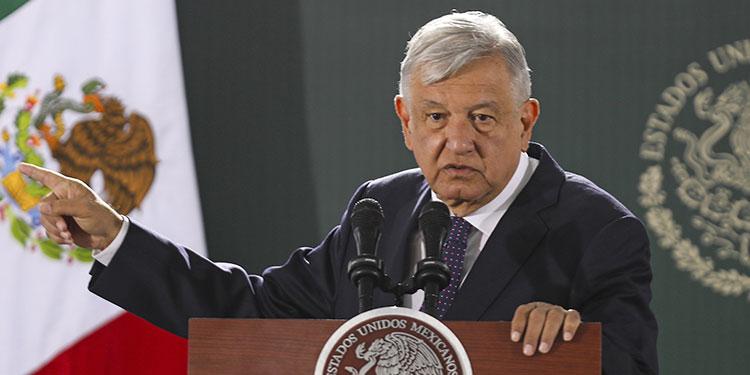 El presidente de México, Andrés Manuel López Obrador, pidió al Senado una consulta popular para enjuiciar a cinco expresidentes del país.   (LASSERFOTO AFP)