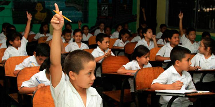 Advierte ministro de educación: Pilotaje de clases iniciará hasta que Sinager lo autorice