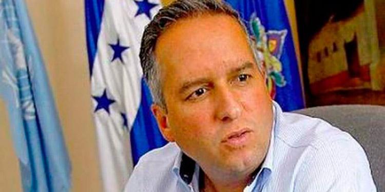 """Ricardo Álvarez: """"Que ya no voten muertos, ni diablos, ni dragones"""""""