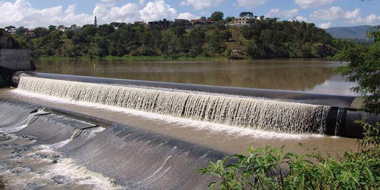Revisan ofertas para licitar nueva represa