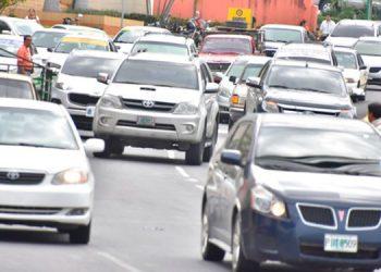Extienden matrícula de vehículos hasta el 4 de enero