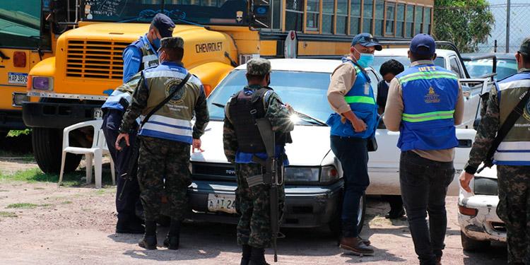 FNSTU intensificará operativos en el autobuses y taxis de uso público