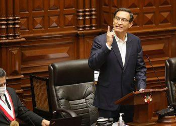 El presidente de Perú invoca a la unidad tras superar el pedido de destitución