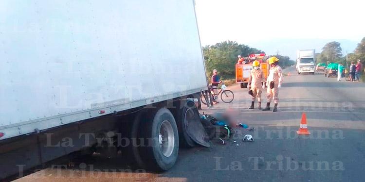 Dos muertos deja accidente de tránsito en la carretera CA-13