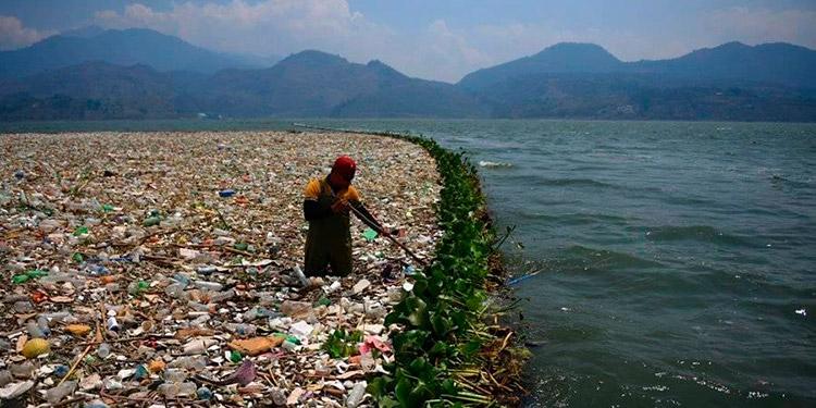 Repararán bardas artesanales para frenar contaminación del río Motagua