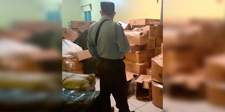Recuperan camión de encomiendas robado en Colón