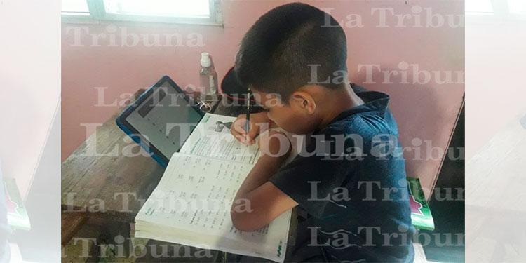 Javier Menocal: El año lectivo finalizará el 30 de noviembre