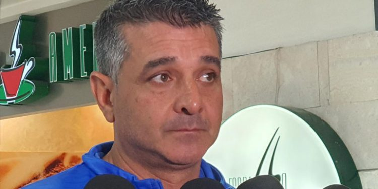 Diego Vázquez reconoce interés en Jesse Moncada