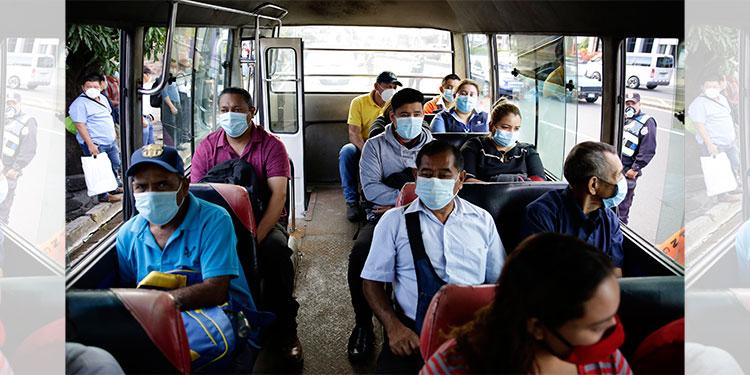 El Salvador exigirá prueba de COVID-19 para entrar al país