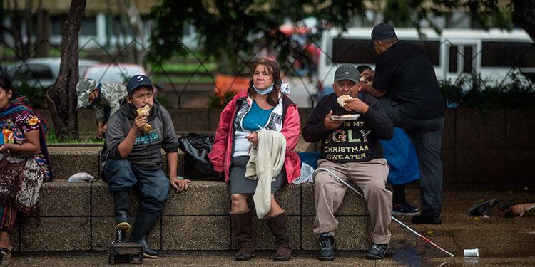 Guatemala registra 81.909 casos de COVID-19 y 2.957 muertes en 184 días