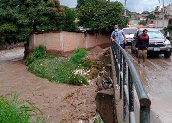 Afectados por lluvias en Tegucigalpa claman ayuda