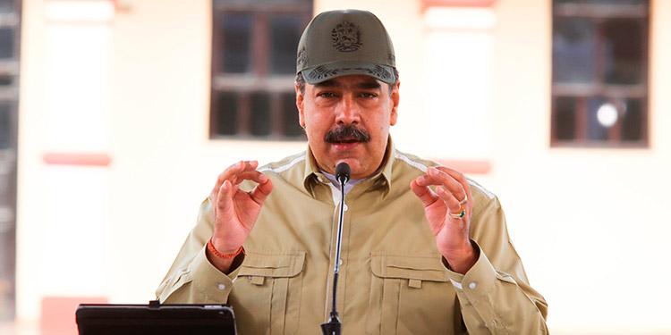 """Maduro acusa a Pompeo de llamar a la región """"a una guerra contra Venezuela"""""""