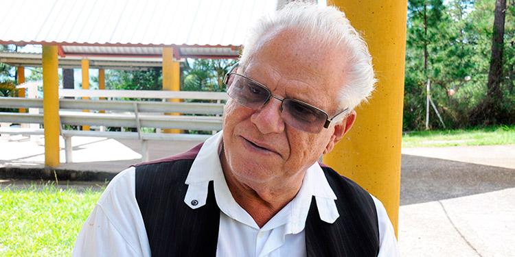 Mario Fumero: Es una locura la creación de un partido político por evangélicos