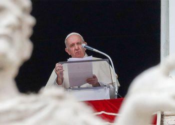 El papa expresa su tristeza por la crueldad del doble atentado de Bagdad