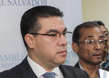 Fiscalía salvadoreña investigará negociación entre Gobierno y pandilla MS13