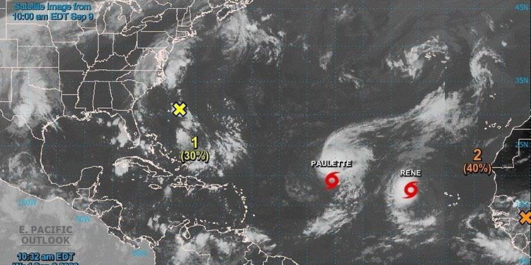 Rene vuelve a ser tormenta tropical cerca de Paulette en aguas del Atlántico