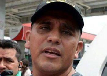 Capitán (R) Santos Orellana.