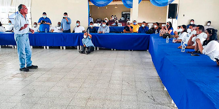 """""""Tito"""" Asfura pronostica que será el """"nuevo presidente de Honduras"""""""