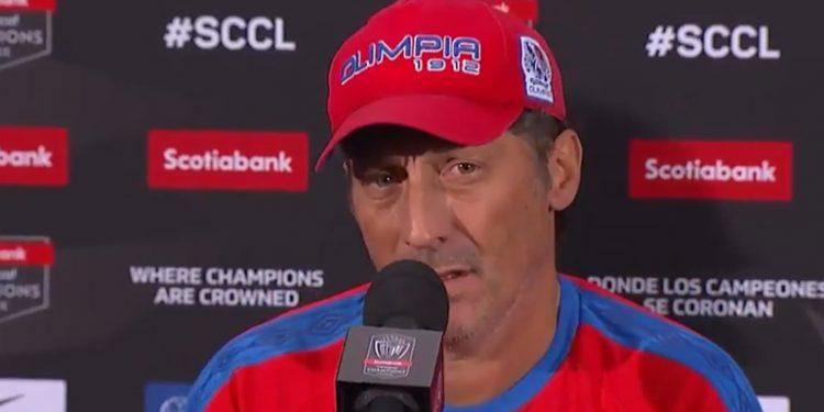 Troglio destaca profesionalismo de Portillo: Es el que mejor se entrena