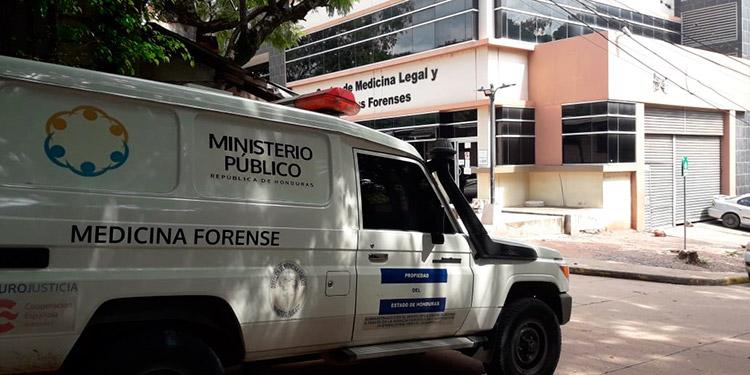 Salen dos equipos forenses de Tegucigalpa a SPS para atender muertes en inundaciones