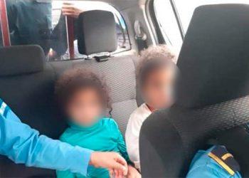 Las gemelas María y Fernanda fueron encontradas por la Policía que indaga las causas para que las menores supuestamente huyeran de su hogar.