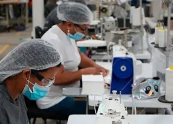 La maquila concentra más de 165 mil empleos, especialmente en la zona norte de Honduras.