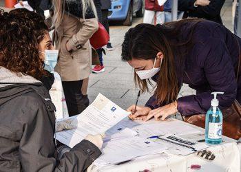 Italia suma 31,758 nuevos casos de coronavirus y 297 muertos