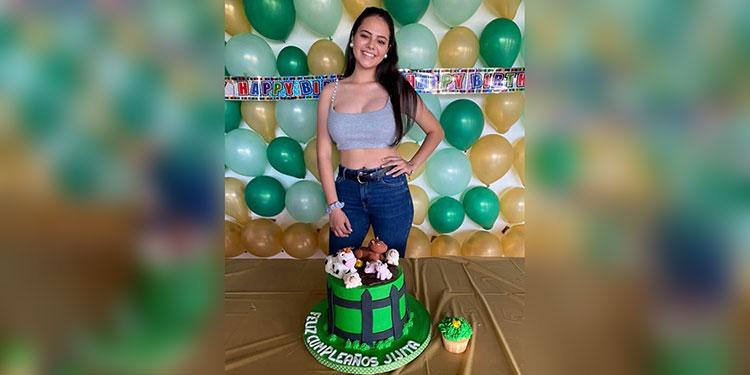 Un muy feliz cumpleaños para Julianna Sierra Kulesza