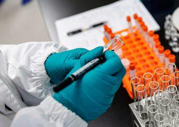 Moderna espera saber si su vacuna contra la COVID-19 es efectiva en noviembre