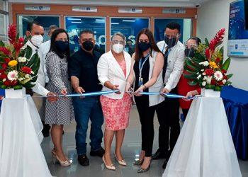 La agencia fue inaugurada en Plaza San Jorge ubicada en la primera calle de Olanchito Yoro.