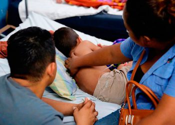 Unos 15 menores se encuentran hospitalizados en el HEU, por dengue grave y se contabilizan más de 21 mil casos en el país.