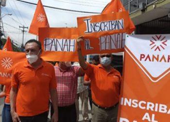 Los integrantes del Partido Naranja de Honduras (Panah).