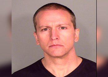 Liberan bajo fianza a expolicía acusado del asesinato de George Floyd