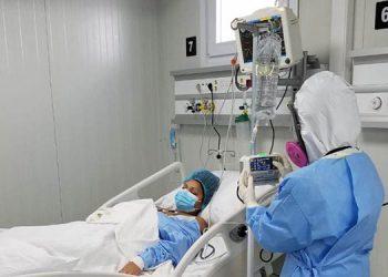 La ministra de salud, Alba Consuelo Flores, destacó que los hospitales móviles no son hoteles o restaurantes para apresurar su funcionamiento.