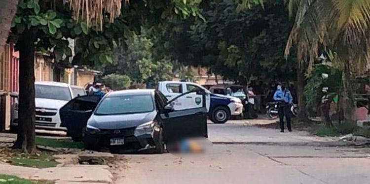 Falsos pasajeros matan taxista VIP